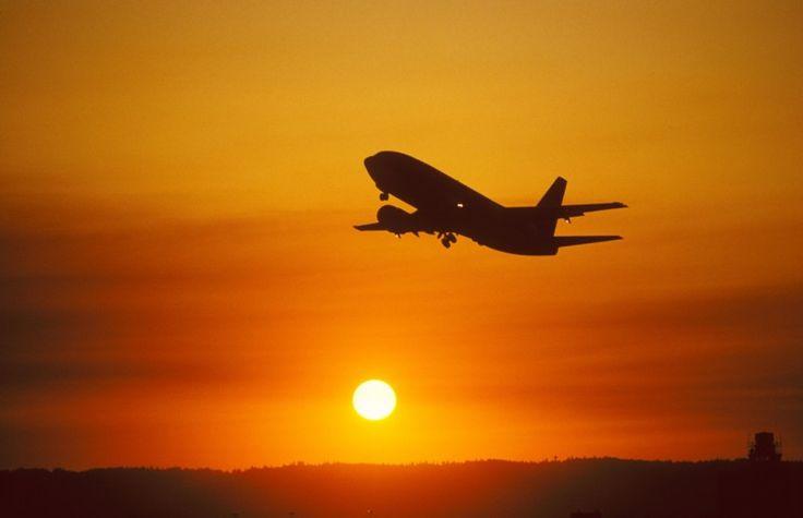 Acord internaţional istoric pentru reducera emisiilor aviaţiei civile