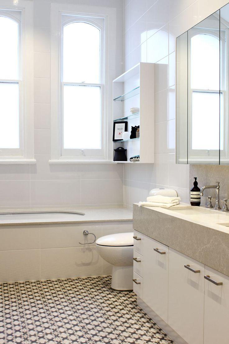 Classic bathroom interior design - A Mix Of Modern And Classic Bathroom Design