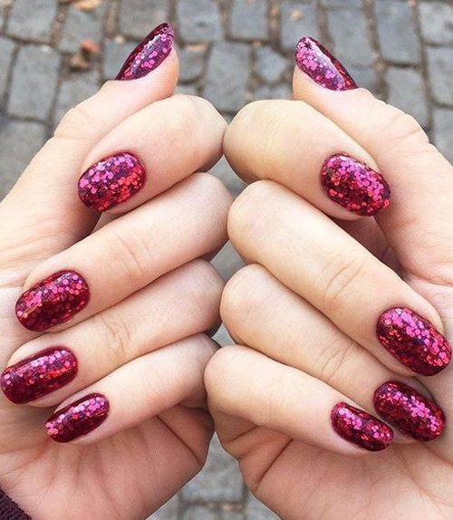 Fabulous Sparkly Nail Art Designs for Prom
