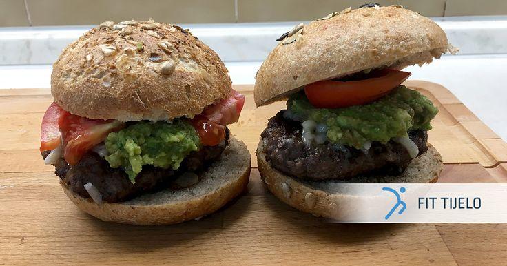 Danas sam za tebe pripremio recept zbog kojeg će tvoji okusni pupoljci poludjeti, a ti ćeš moći bez grižnje savjesti uživati u ukusnoj, fit verziji burgera.🍔 Dobar ti tek! :) 👌