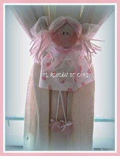 El Rincón de Cuki - Artesanías Country: SOUVENIRS NENA, AGARRADERA CORTINAS