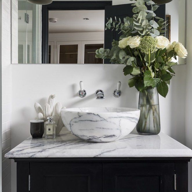 "53 Likes, 1 Comments - Interior Designers (@uk_interiordesigners) on Instagram: ""Another pretty bathroom by @laurencaisleyinteriors for our #stokenewington clients @snookphotograph…"""