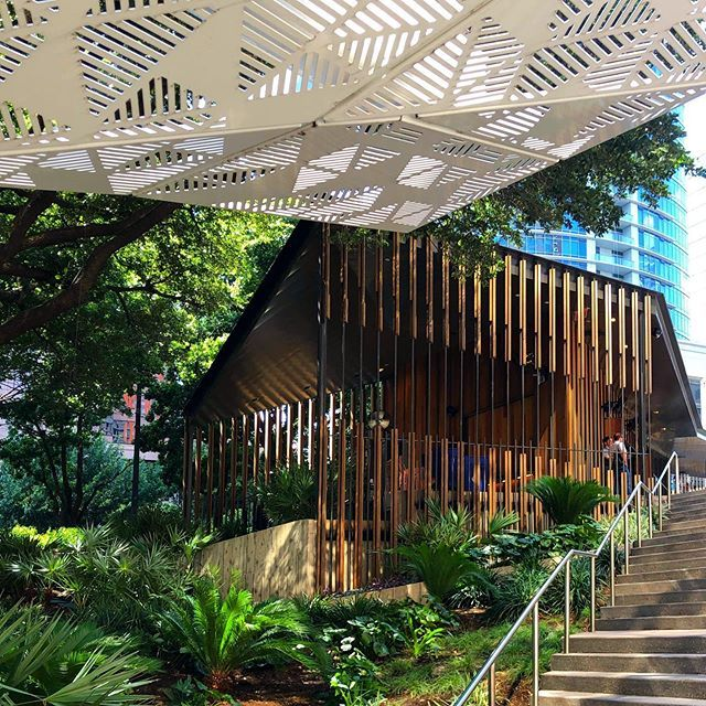 Series Of Linear Architectural Screens Leading To The Entrance To Austin S Fareground Food Hall Interior Design Classes Architecture Interior Design Images