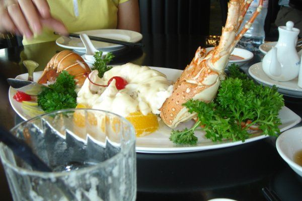 http://www.loveisdream.com/wp-content/uploads/2010/05/seafood.jpg