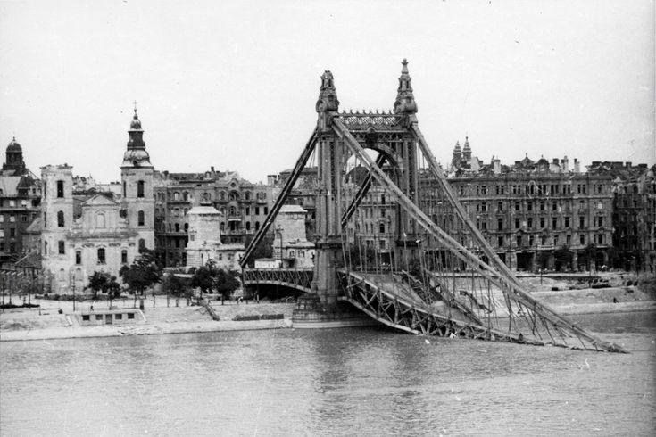 Erzsébet híd, 1945
