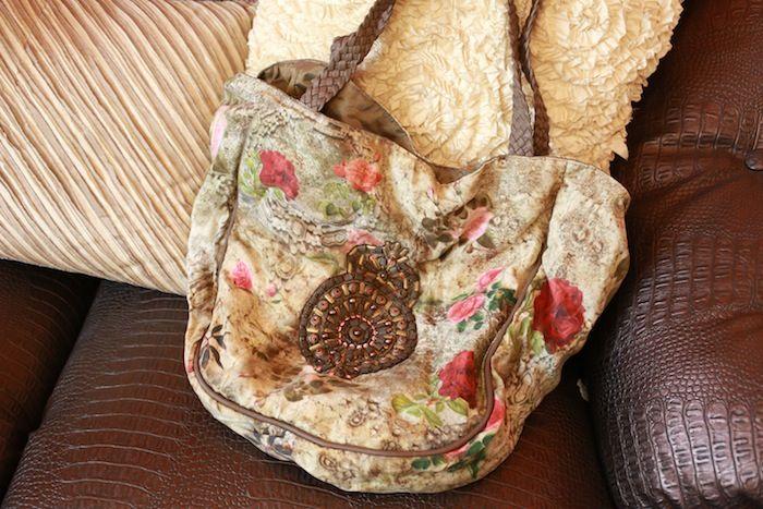 #kavithabhartia #floral #hobo #bag