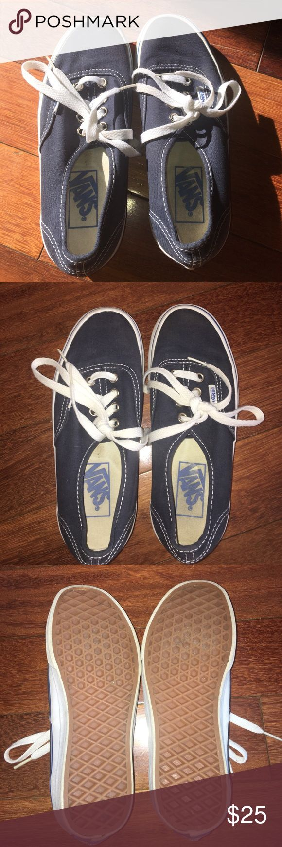 💙Navy Blue Vans💙 Unisex! Navy blue vans, really only worn about 3 times.. look almost new!! In excellent condition!! Will be cleaned before sent out. Vans Shoes Sneakers