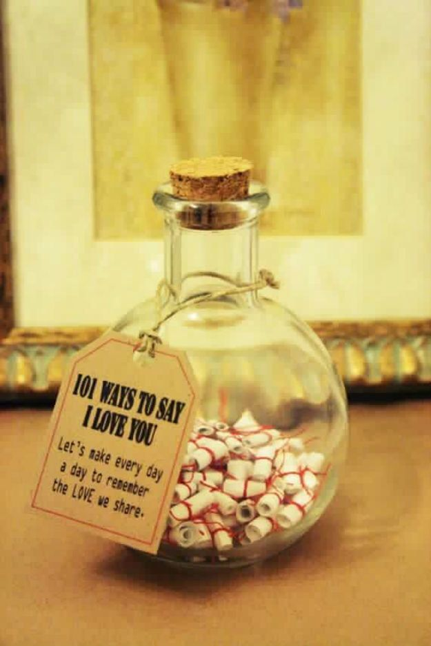 Christmas Gifts! 101 Ways to Say I Love You | http://diyready.com/28-diy-gifts-for-your-girlfriend-christmas-gifts-for-girlfriend/ DIY Gifts, homemade gifts, diy gift ideas #diy #gift