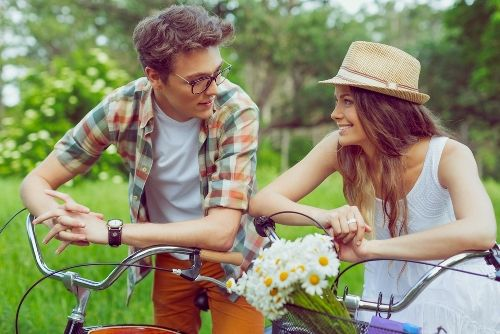 Beautiful Yet Laughable: 9 Spanish Pick-up Lines to Try Out on Your Next Crush