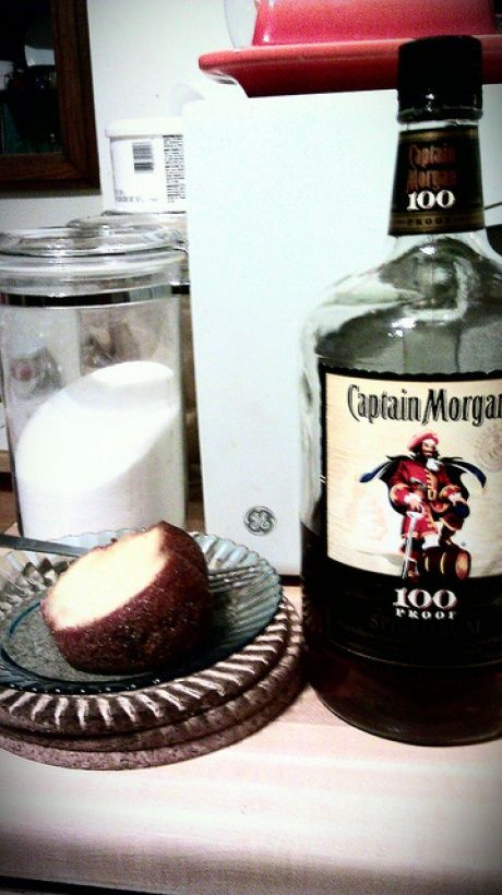 Captain Morgan Rum Cake - The BF loves his Captain Morgan, so mark this down for his birthday cake this year.