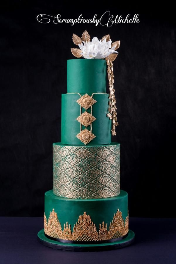 Emerald green and gold wedding cake - cake by Michelle Chan #weddingcakes