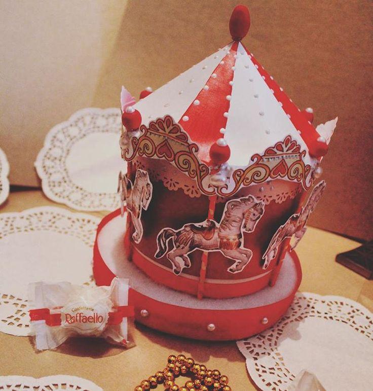 Карусель из коробочки рафаэлло для сестрёнки на день рождения! Давно хотела воплотить эту идею:) #скрапбукинг #открыткиручнойработы #карусель #томск #merrygoround #bittercraft