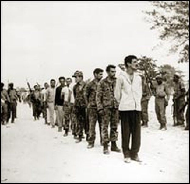 Fidel Castro From Rebel To El Presidente |Cuban-held prisoners from the attempted invasion at the Bay of Pigs