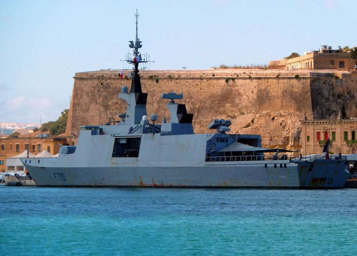 french la fayette class frigate fs la fayette f710 moored in grand harbour
