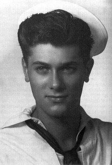 Tony Curtis (né Bernard Schwartz) (1925-2010) Signalman 3rd Class, U.S. Navy Reserves 1942-45 WW II. He served on the submarine tender USS Proteus (AS-19). He was aboard when the Proteus entered Tokyo Bay where, through binoculars from the signal bridge, he witnessed the signing of the Japanese Document of Surrender aboard the USS Missouri.