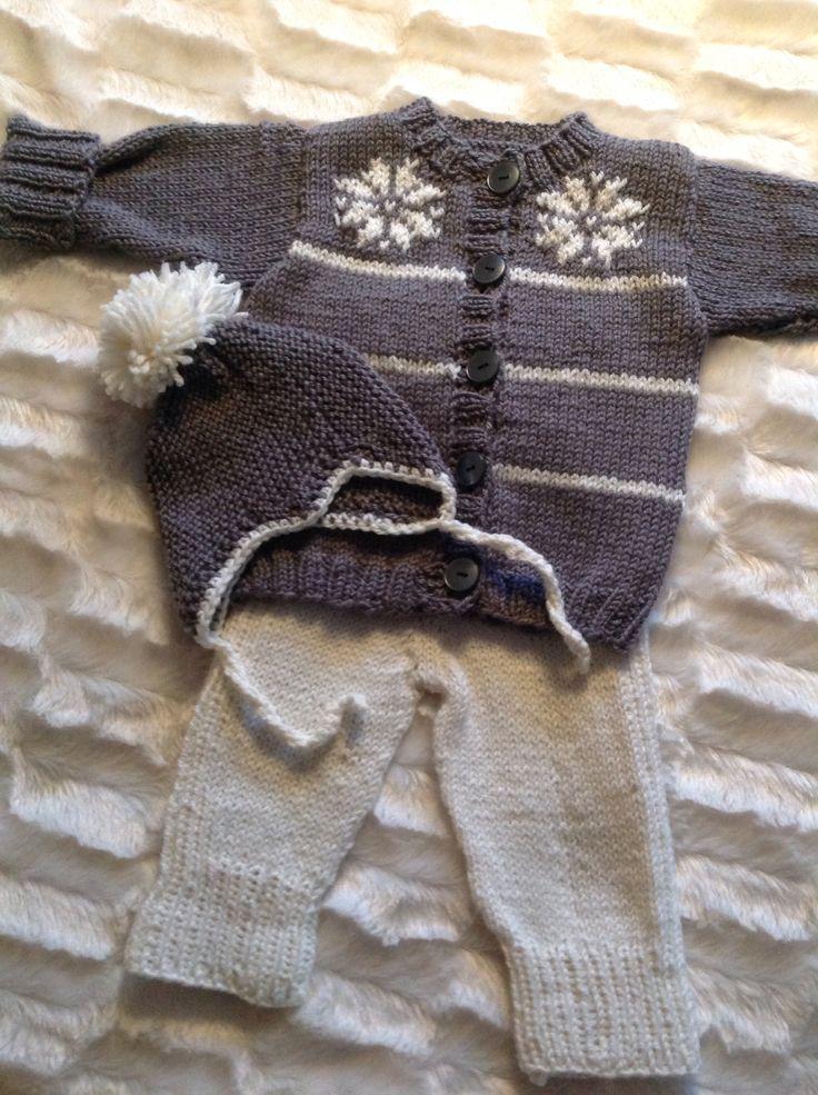 En liten babydress i mjukaste merinoull, Made by me