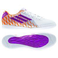 Zapatillas Futbol Sala Adidas Speedtrick Blanca - Morada. Consiguelas aqui: http://www.deportesmena.es/145-botas-futbol-sala-adidas#.U4dsfvl_sXZ