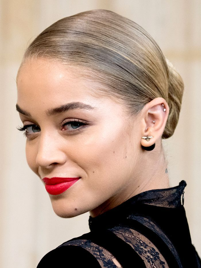 Wondering which blonde hair colors for cool skin tones leading colorists recomme...