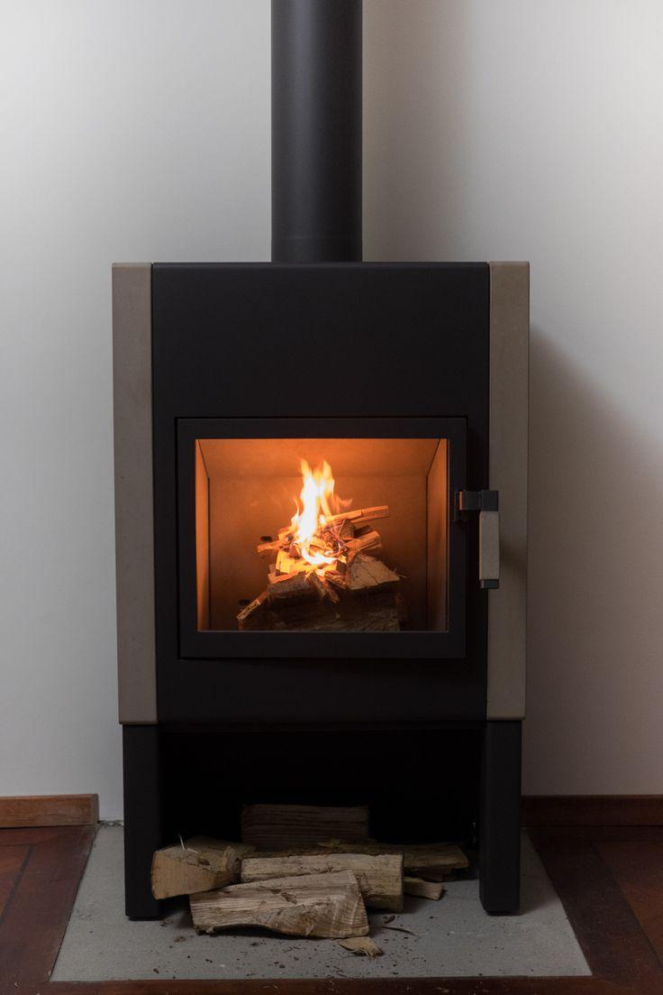 Mats fireplace by Harrie Leenders