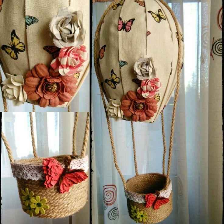 Un globo aerostático para dejar volar tus sueños. De tela, cuerda y......... te gusta?