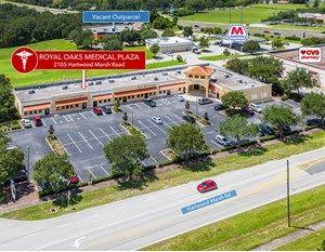 Royal Oaks Medical Plaza, 2105 Hartwood Marsh Road in Clermont, Fla.
