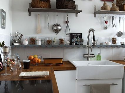 sinkOpen Shelves, Kitchens Design, Campagne Décoration, Wooden Counter, Counter Tops, Modern Kitchens, Wood Countertops, French Kitchens, Kitchens Sinks