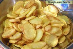 Mangia senza Pancia | Delle squisite patatine croccanti al forno che piaceranno a grandi e bambini adatte per accompagnare i secondi piatti più sfiziosi