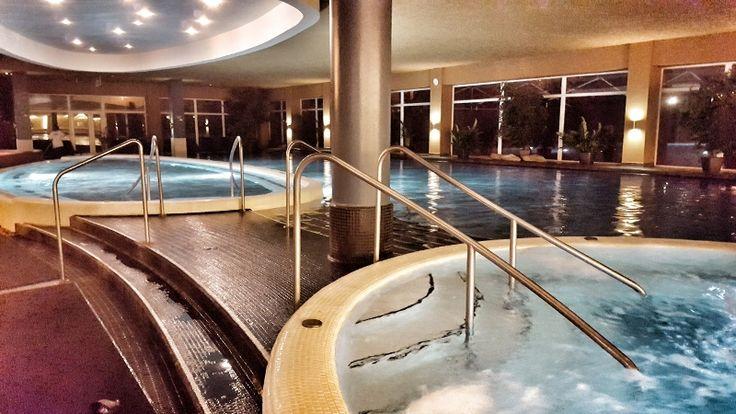 Proverili smo zbog čega sve više turista iz Srbije i regiona provodi odmor u hotelu Foraš iz Segedina!     Sve češće naši, ali i judi iz regiona, odmor provode baš u ovom hotelu, a ekipa portala PRessSerbia.   #akvapark #AquaPark #aquapolis #forras hotel #hotel foraš #Hunguest hotel #press serbia #segedin