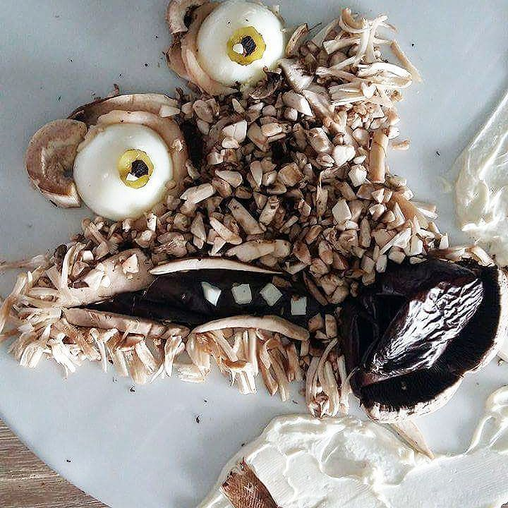 Scrat Ice Age (portobello mushrooms) #kids #kidsfood #funny #pickyeaters #foodart www.instagram.com...#cute #food #cutefood #funny #funnyfood