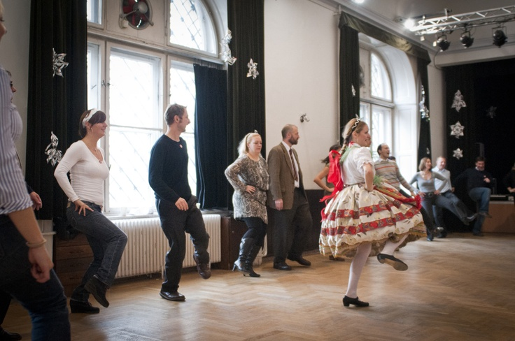 Dancing queen in Budapest  http://underguide.com/eit-xmas-2012