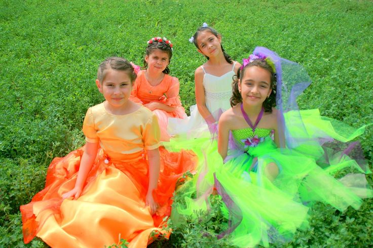 Princess parties can be the perfect, sometimes the only choice, for some little girls! But for you parents, it might not be the party theme you were hoping