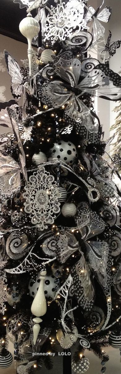 ❊ Black and White Christmas ❊