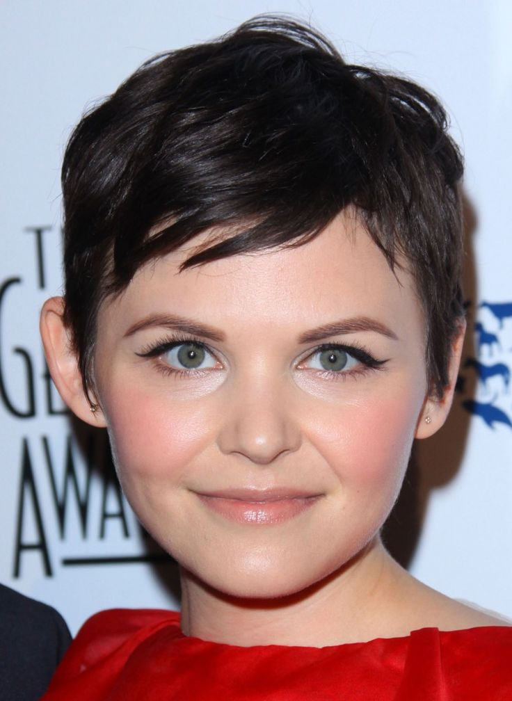Ginnifer Goodwins short cropped hairstyle!Pixie Hairstyles, Pixie Haircuts, Round Face, Shorts Haircuts, Hair Cut, Ginnifer Goodwin, Hair Style, Shorts Hairstyles, Pixie Cut