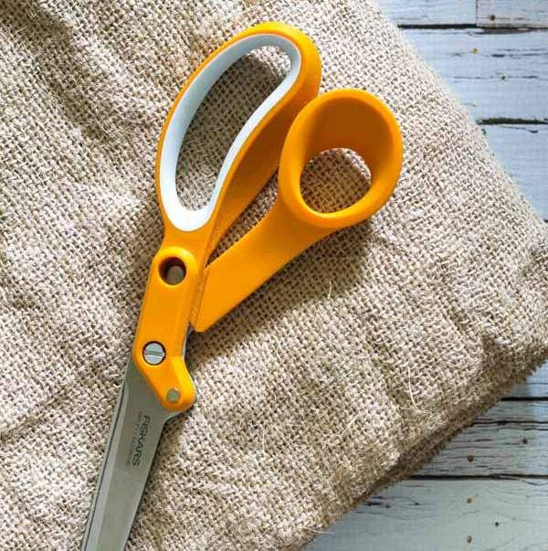 A full tutorial on how to wash, dry and cut burlap.