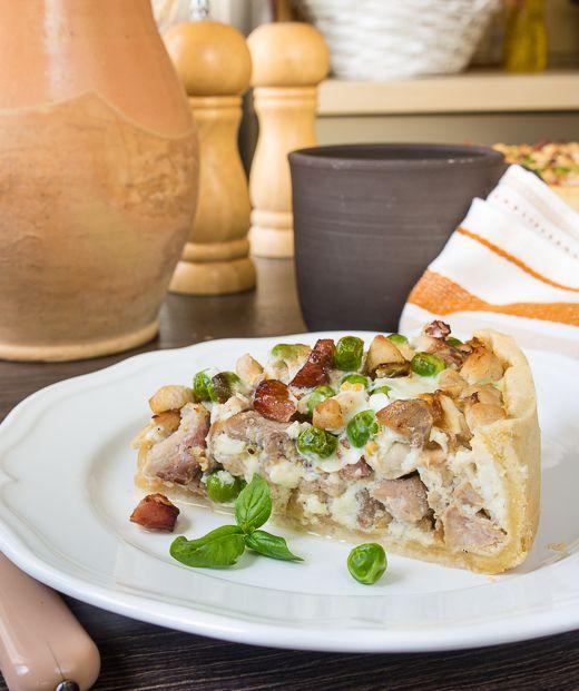 Сытные пироги с мясом или птицей - отличный вариант для обедов. Лично мне…