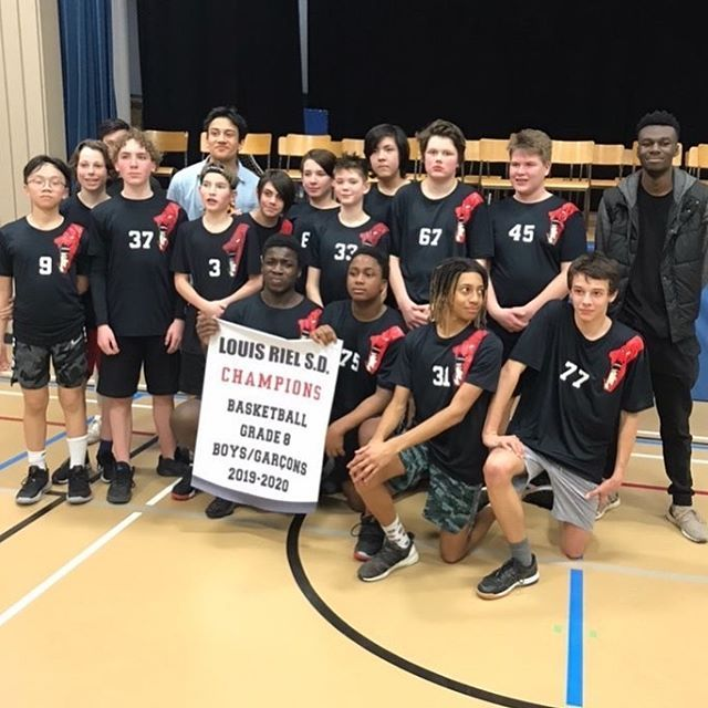 Congrats To The Grade 8 College Beliveau Boys Basketball Team Who Won Their Conference Title While Also Being Undef In 2020 Boys Basketball Basketball Teams Undefeated