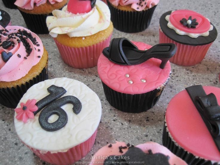 Sweet 16 Cupcakes, shoes and bags. schoenen en tassen