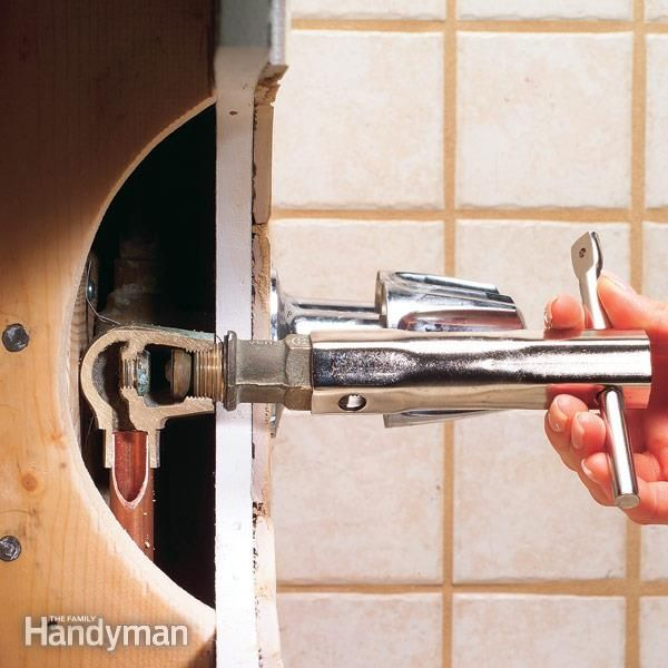 How to fix a leaking bathtub faucet leaky faucet faucet for Leaky pipe carries more water