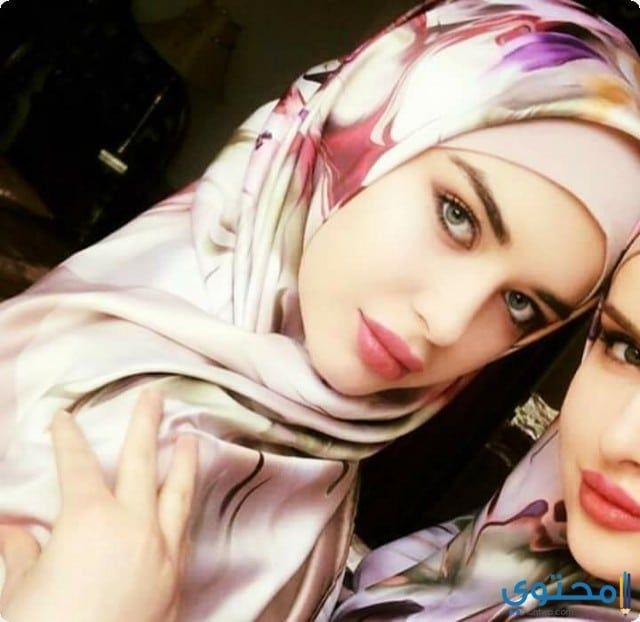 أجمل صور بنات عسلات محجبات على الانترنت Ash Blonde Balayage Hijab Beauty