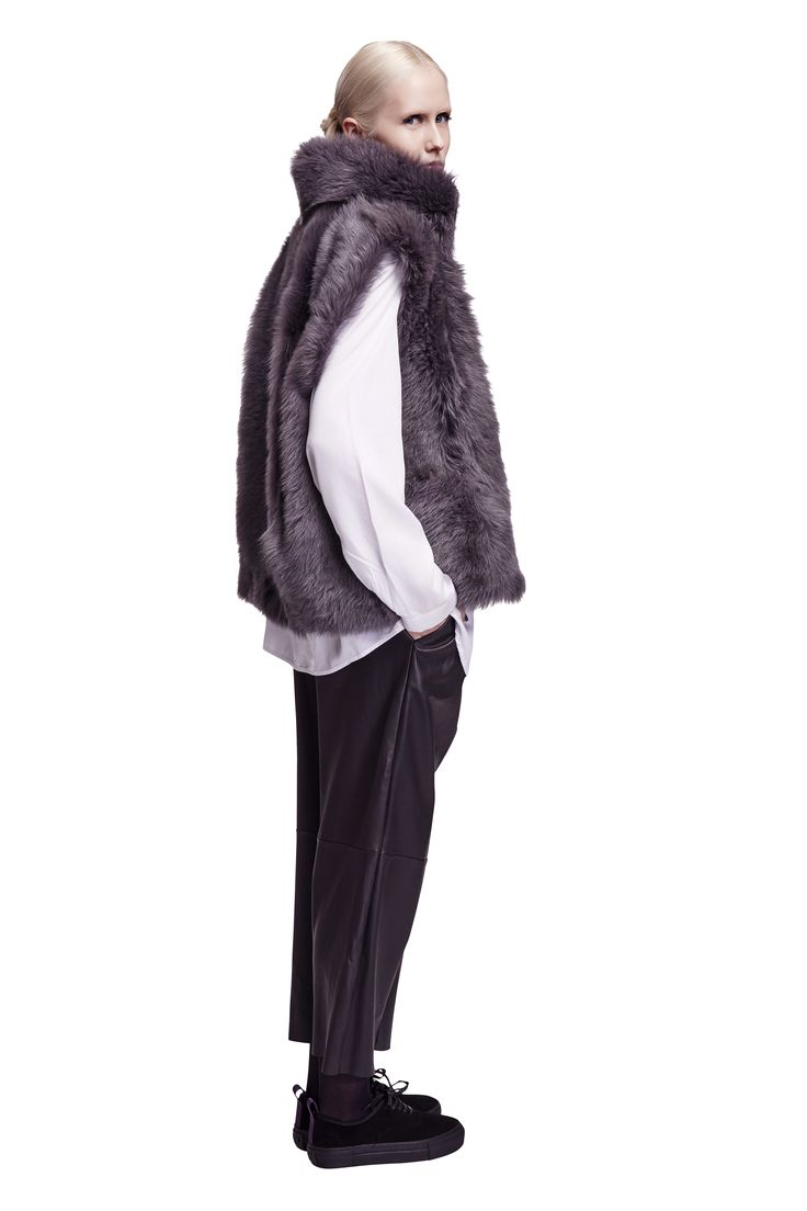 ONAR Dozzy vest in grey