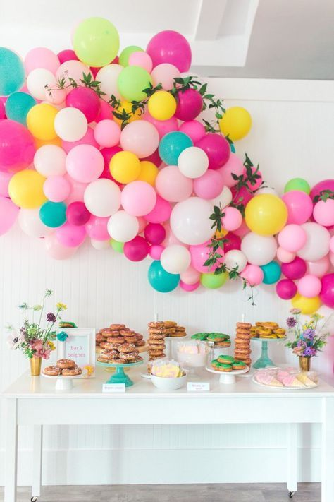Beautiful party inspiration and balloon decor 278