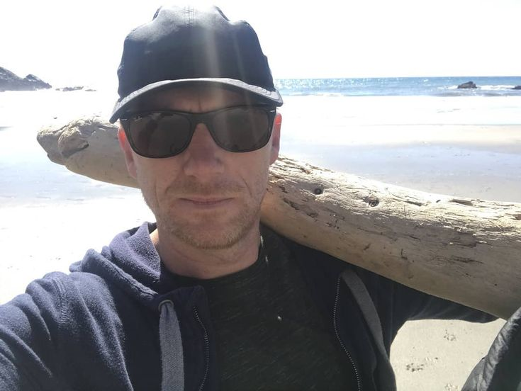 Driftwood salvage #Pfeifferbeach #BigSur . https://twitter.com/TheRealKMcKidd/status/969755849571778560 . @TheRealKMcKidd #TheRealKMcKidd #KevinMcKidd #OwenHunt #GreysAnatomy #ABC #LuciusVorenus #Rome #HBO #DanVasser #Journeyman #NBC #SoapMacTavish #CallOfDuty #videogame #Trainspotting #Bunraku #FlashpointParadox #Batman #actor #director #musician #Omelia #Crowen