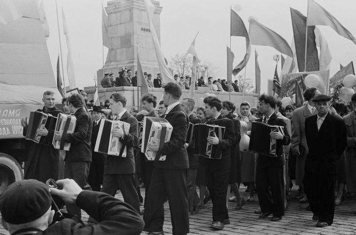 Майская демонстрация, 1955-1964 1955-01-01 - 1964-12-31, г. Калининград, пл. Победы