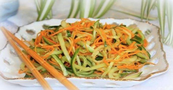 Ингредиенты: масло растительное — 50 миллилитров; сахарный песок белый — 1 чайная ложка; кабачки — 2 штуки (среднего размера); соль — по вкусу; морковь — 2 штуки (среднего...