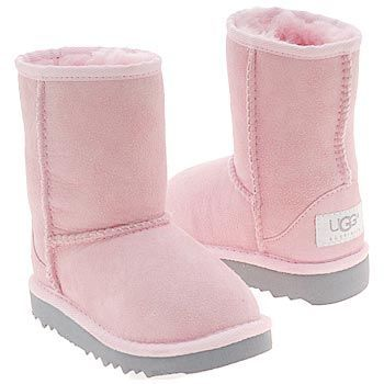 Kids UGG #39; Classic Short Boot Pre/Grade School Baby Pink Shoes.