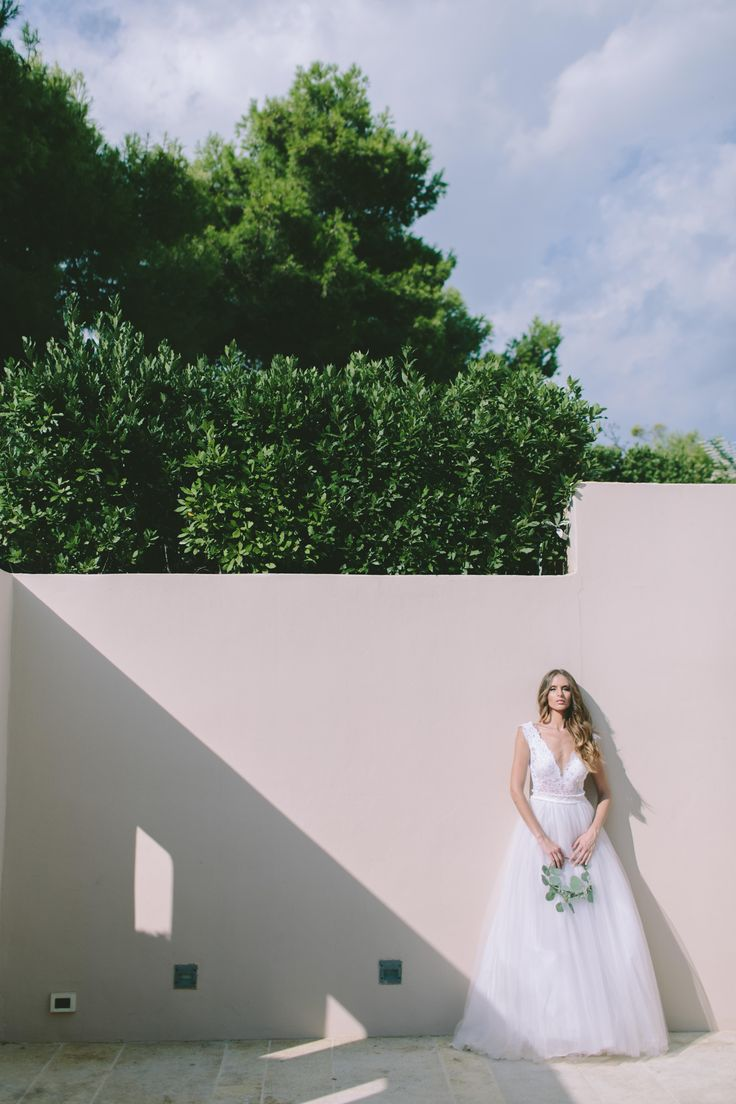 Bridal make up & hair at the ISLAND ART OF TASTE for Love4weddings.gr  More images at http://www.love4weddings.gr/modern-botanical-styled-shoot/