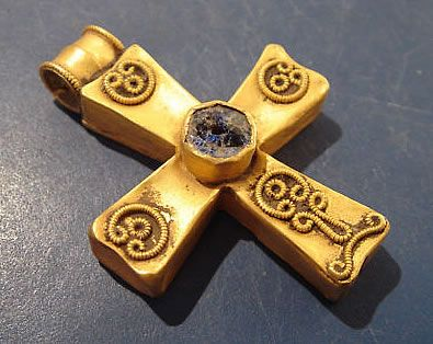 4-8th c. A.D. Byzantine/Eastern European gold cross (30 x 40 mm, 6.7 g) - antiquitiesgiftshop.com 4320