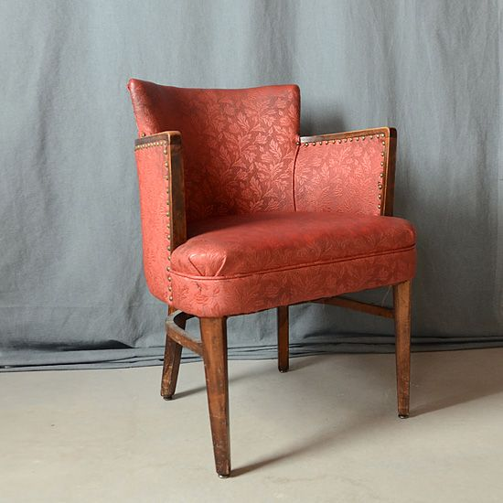 Antique Chairs for Sale  http://coastersfurniture.org/shabby-chic-furniture/retro-furniture/