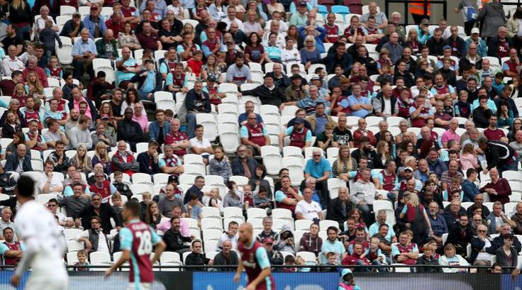 West Ham demand London Stadium owners to guarantee police presence after trouble