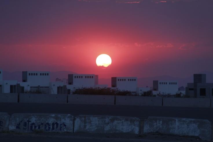 Atardecer en el nuevo Autódromo  de Querétaro. Foto/Gerardo Nieto
